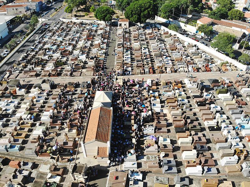 Cemitério da Saudade em Salto